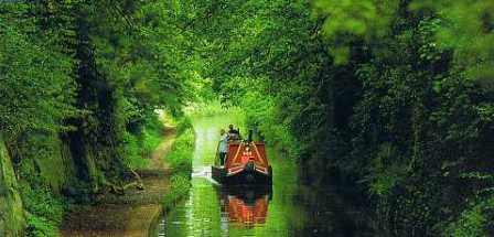 narrowboat canal boat on the rivers of england