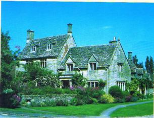 6 night walking tour in the Cotswold Countryside and Oxford and Bath. Cotswold house and Garden along the Cotswald Way