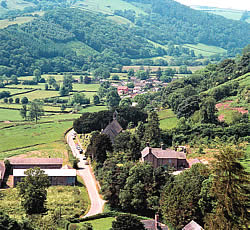 4 night hike Offas dyke from Knighton to welshpool in mid Wales walking near Newcastle on Clun